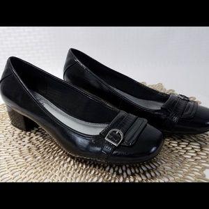 Life Stride Black slip on size 9